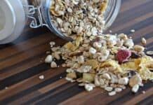 Glutenfreies Früchte Müsli in praktischer Portionspackung