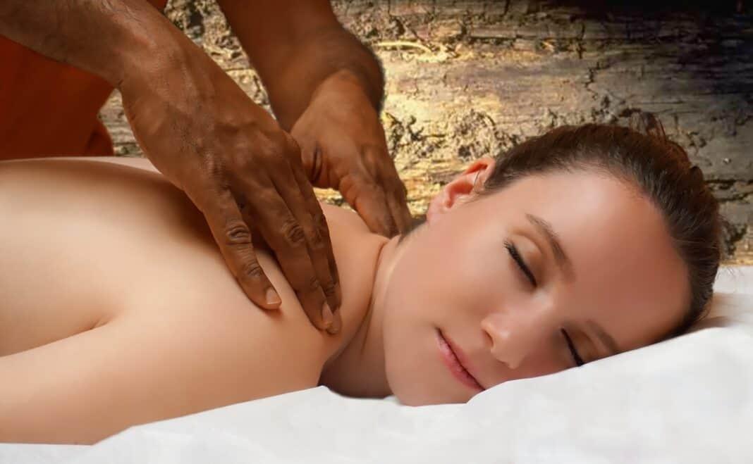 Ayurveda-Behandlung: Urlaub im Zeichen ganzheitlichen Wohlbefindens