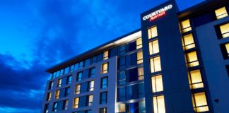 Im neuen Courtyard-Design: Courtyard by Marriott Aberdeen Airport Hotel