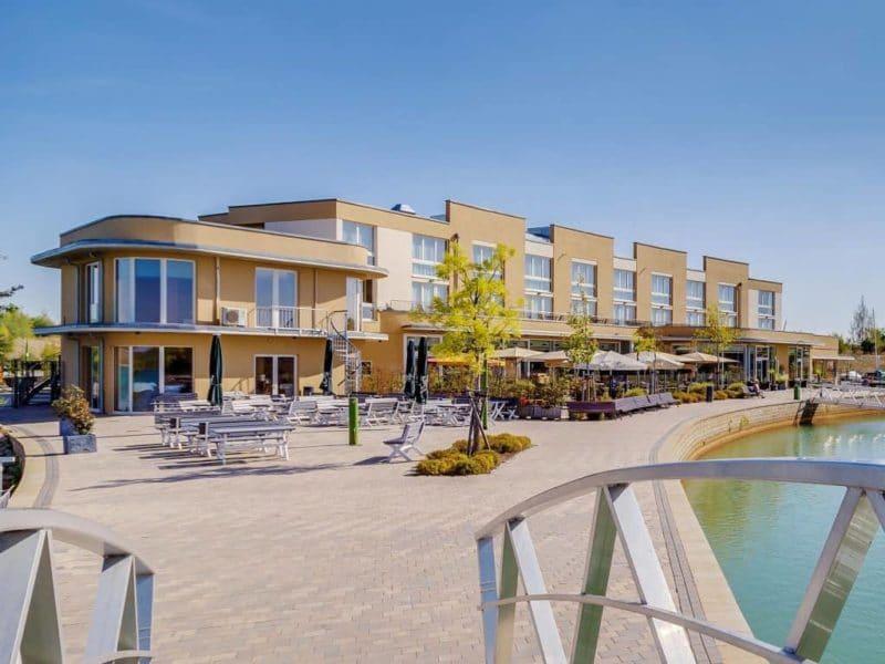 Liegeplätze im Hafen des neuen Premium-Ferienresorts Lagovida