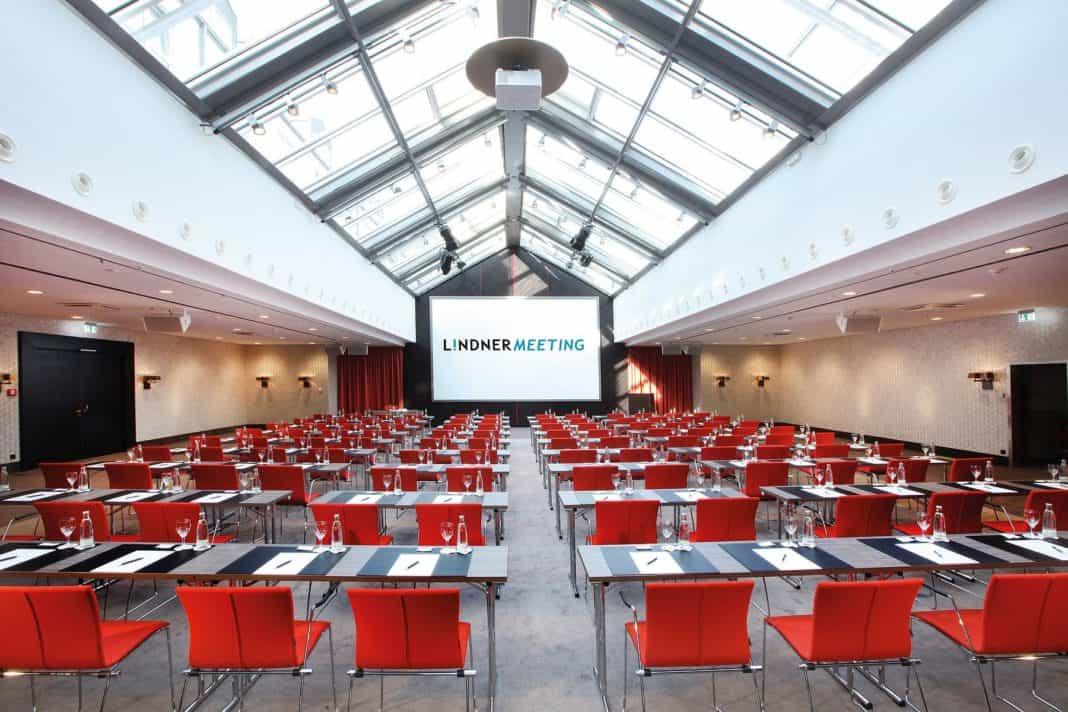 Lindner Congress Hotel Frankfurt: Innovativer Tagen mit Plug and Work