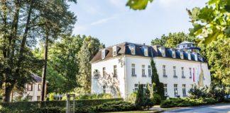 Hotel Alter Landsitz bei Waren/Müritz mit Special Kranichrast an der Müritz