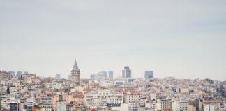 Istanbuls größtes Hotel- und Konferenzzentrum begrüßt die ersten Gäste