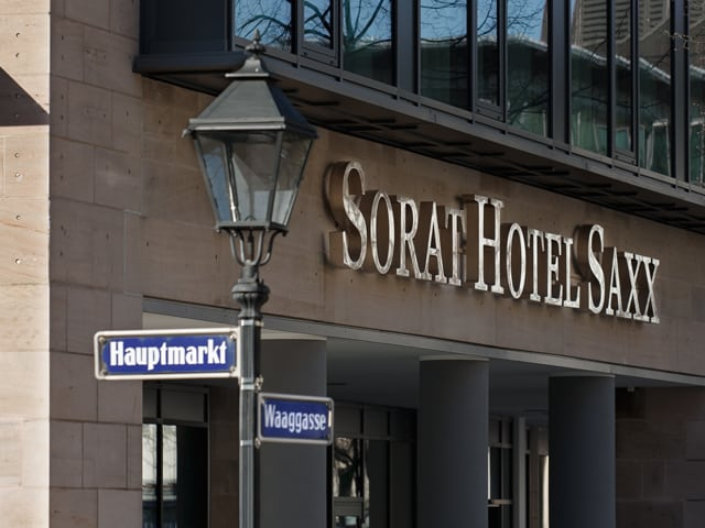 Sorat Hotel Saxx Nürnberg: Designhotel in historischer Kulisse