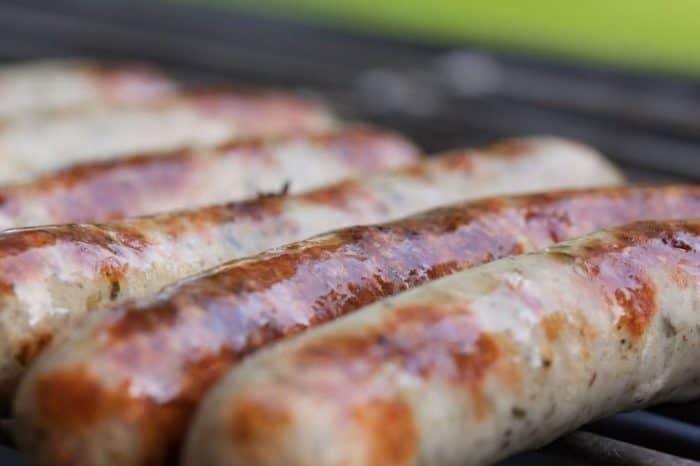 Die ROSTOCKER starten Produktion der Urtyp-Bratwurst