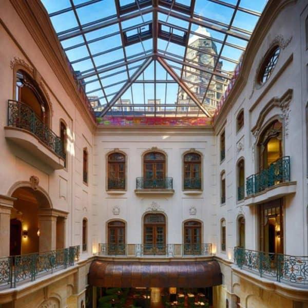 Fünf-Sterne-Boutique-Hotel Gewandhaus Dresden mit circa 300 geladenen Gästen nach umfangreichen Renovierungsarbeiten im neuen Design wiedereröffnet