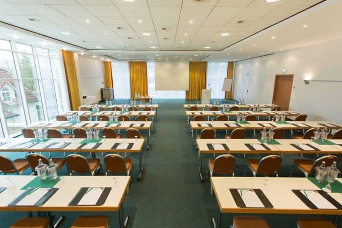 Neue Tagungstechnik im GERRY WEBER Sportpark Hotel