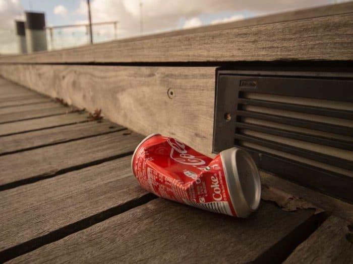 Mehrweg-Ausstieg: Gesellschaftlicher Druck auf Coca-Cola steigt
