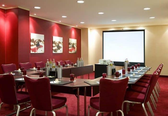 Tagen mit 18 Konferenzräumen im Marriott Hotel Köln