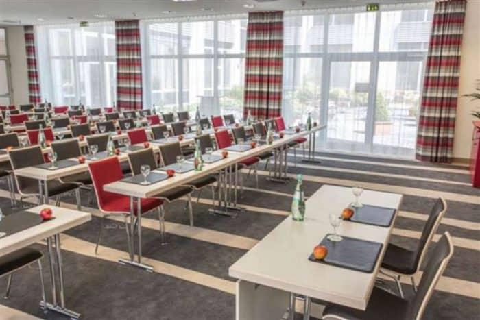 Über das Holiday Inn Düsseldorf-Neuss