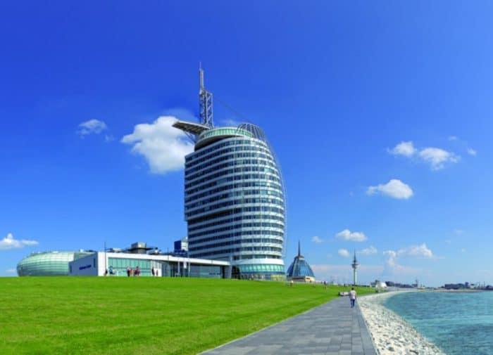 Außenansicht ATLANTIC Hotel SAIL City Bremerhaven