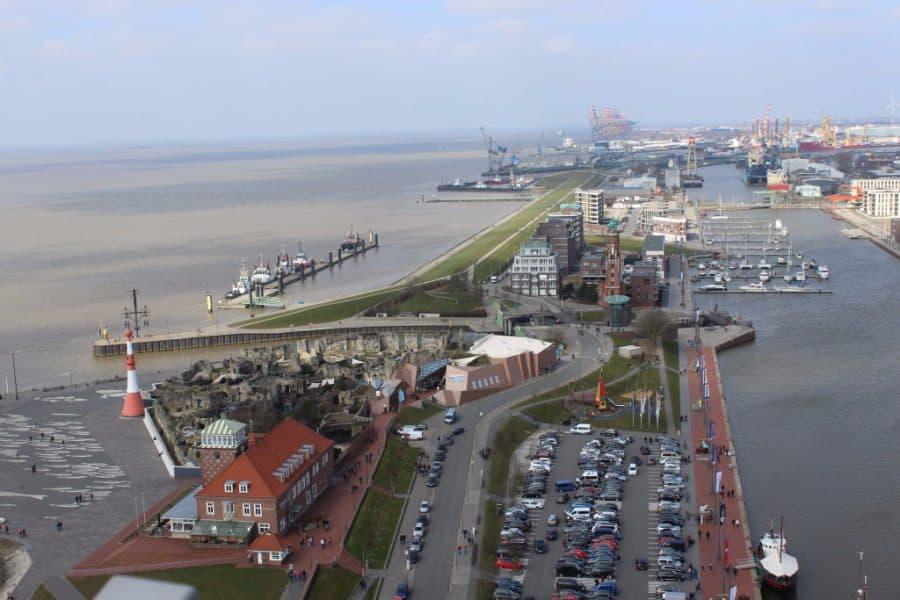 Blick aus 86 m Höhe vom Atlatntic Hotel Bremerhaven
