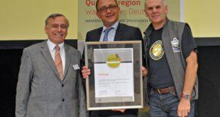 """Qualität lohnt sich: Goldsteig zum vierten Mal als """"Qualitätsweg Wanderbares Deutschland"""" ausgezeichnet; 2017 feiert der Goldsteig zehnjähriges Jubiläum."""