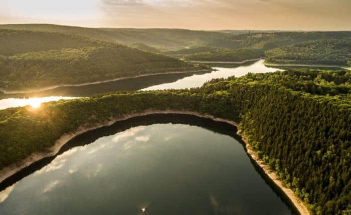 Urfttalsperre im Nationalpark Eifel mit Blick auf den Urftsee