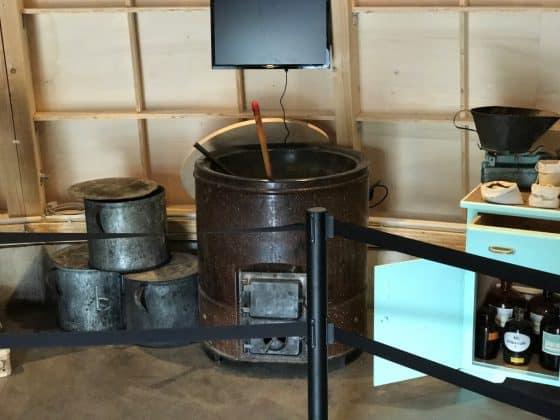Einfache Produktionsgeräte zur Herstellung von Räucherkerzen