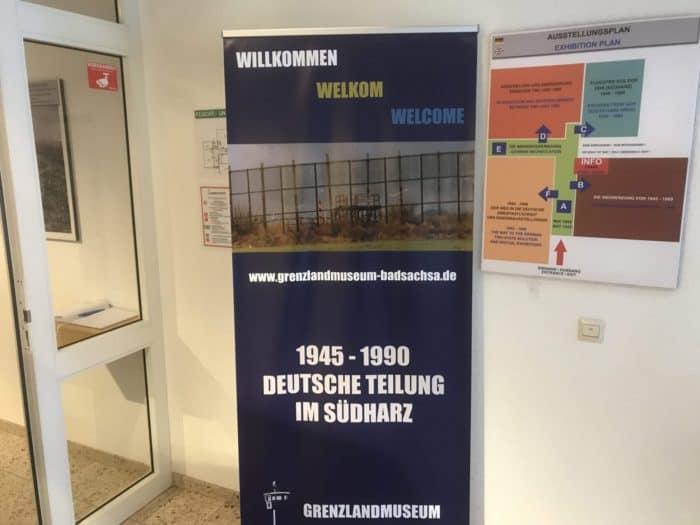 Schautafel im Eingang des Grenzlandmuseums in Bad Sachsa
