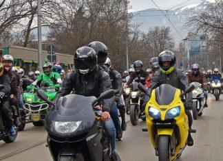 Motorradtouristen aktiv fördern durch Saartourismus