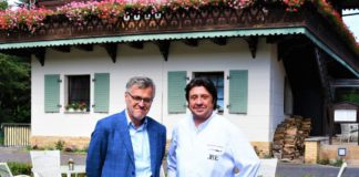 Bayrisches Haus: Alexander Dressel, Präsident der JRE, wird Romantiker.