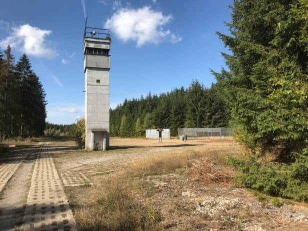 DDR-Grenzturm auf dem Freigelände des Grenzmuseums Sorge