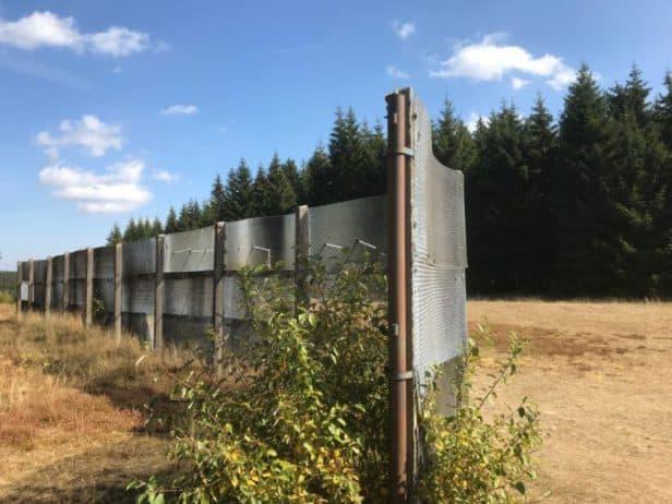 Reste des ehemaligen Grenzzaunes in der Nähe von Sorge