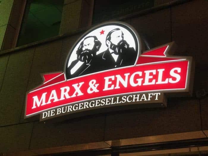Marx & Engels - Erlebnisgastronomie in Köln