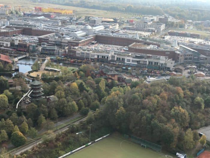 Blick vom Gasometer auf das Einkaufszentrum CentrO