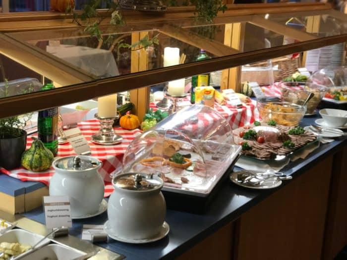 Große Auswahl Buffet Best Western Ahorn Hotel
