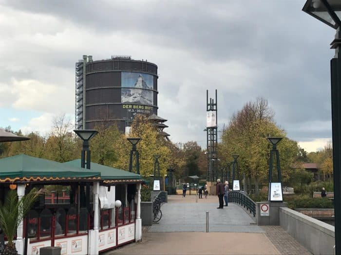 Gasometer Oberhausen Blick vom CentrO