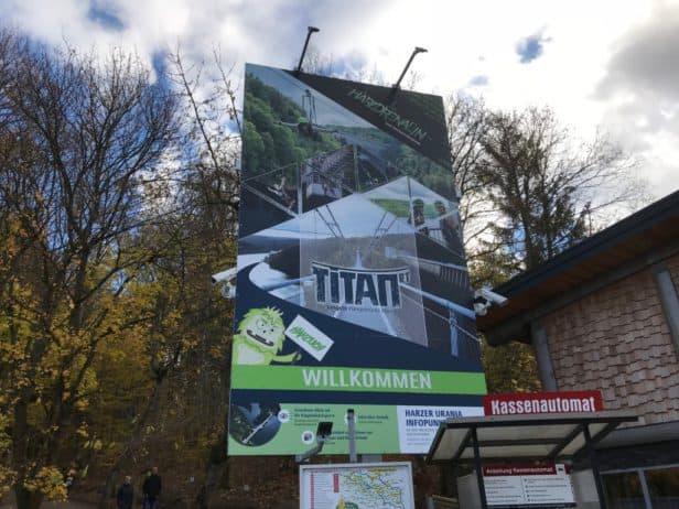 """Herzlich Willkommen Hängebrücke """"Titan-RT"""""""
