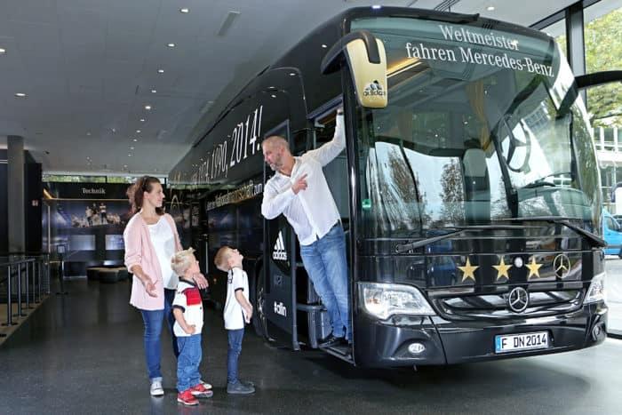 Weltmeisterbus im Deutschen Fußballmuseum Dortmund