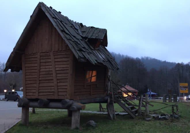 Abenteuerspilplatz Wirtshaus Netzkater