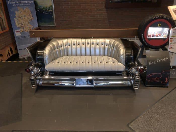 Sofa Eingangsbereich Automuseum Dortmund