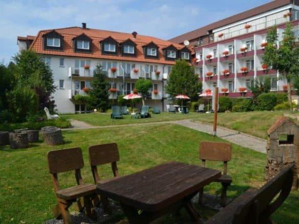 aussenansicht_kneipp_hotel_lauterberg-585x439 Das Kneipp-Bund Hotel in Bad Lauterberg im Harz
