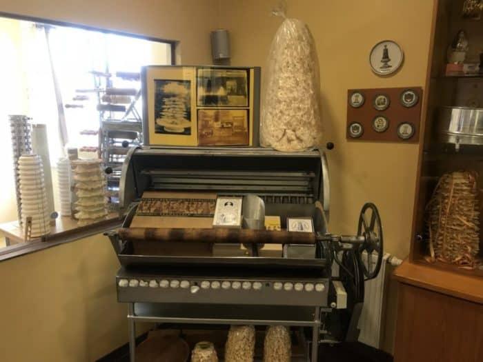 Historische Bachmaschine für Baumkuchen