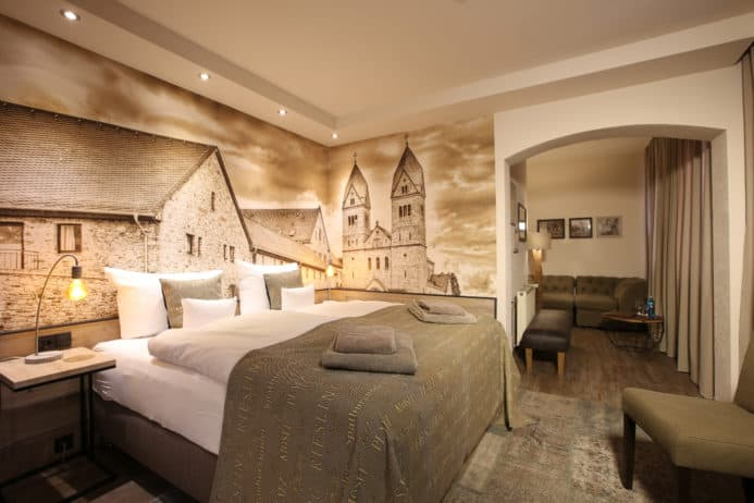 Themenzimmer Abtei St. Hildegard Nägler's - Fine Lounge Hotel