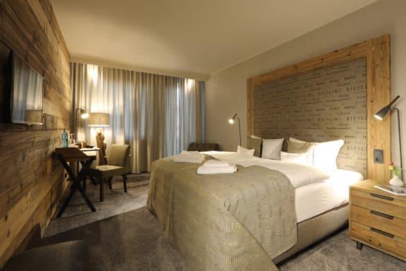 FLH_Weinlagen-Zimmer_2_by-Alexander-Sell-585x390 Nägler's - Fine Lounge Hotel: mitten im Rheingau, mitten im Leben