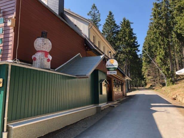 Außenansicht Erlebnisrestaurant Rodelhaus am Wurmberg