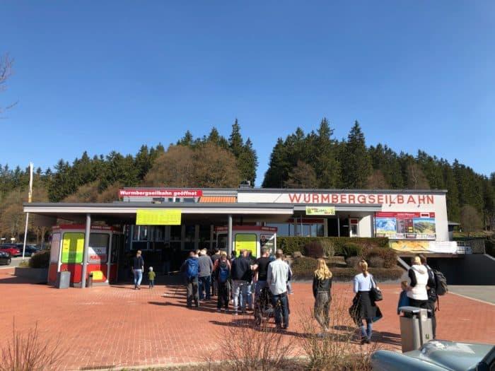 Eingang und Kassengebäude Wurmseilbahn Braunlage