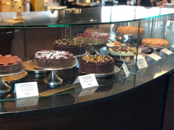 Kuchen im Café im Schokoladnemuseum Köln