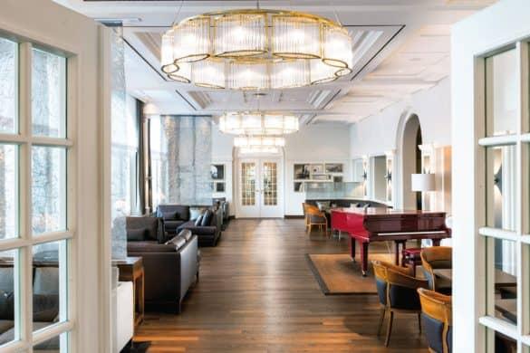 KHB_bar_vorraum_web_credit_Travel_Charme_Hotels_und_Resorts-585x390 Seebad-Flair mit neuem Style: Das Travel Charme Kurhaus Binz
