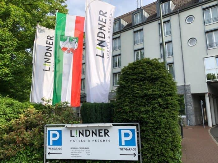 Fahnen und Konferenzzentrum Linder Düsseldorf