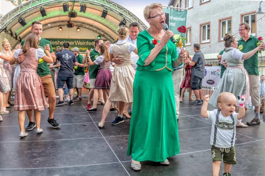 Auf Rüdesheims historischem Marktplatz: Summer of Riesling 2019