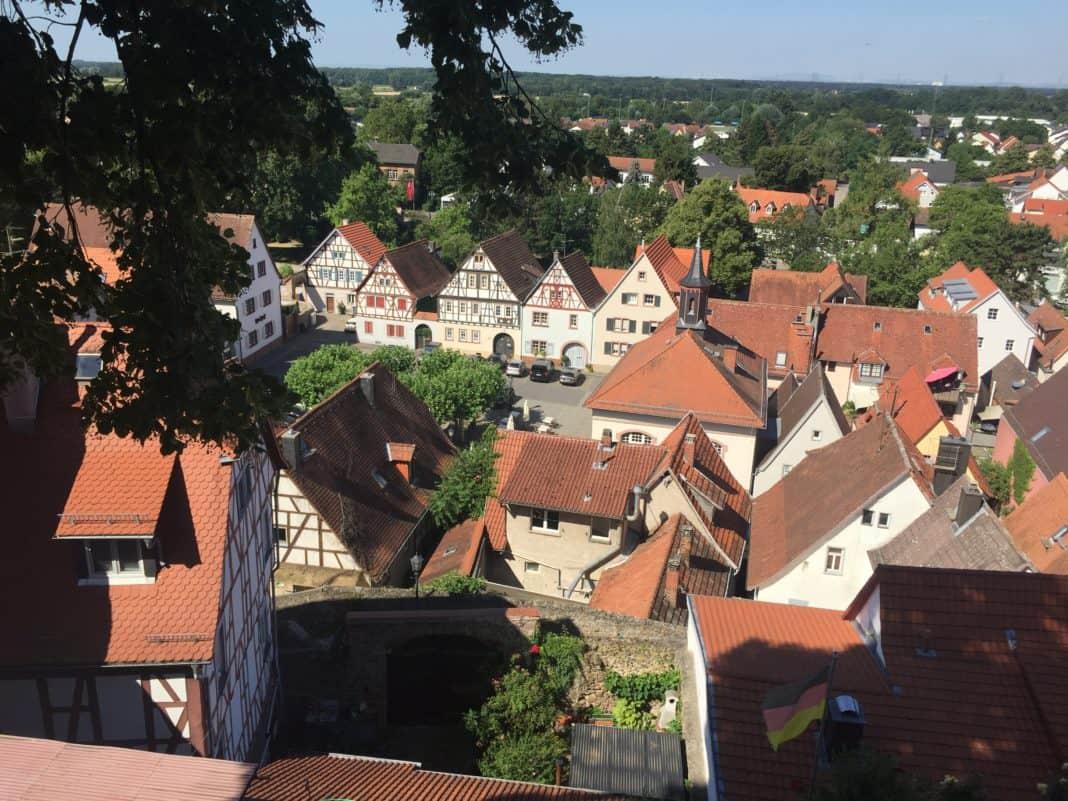 Kleinstadtliebling an der Bergstraße: Die Stadt Zwingenberg