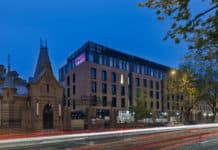 Moxy Hotels eröffnet mit Moxy Warsaw Praga erstes Haus in Warschau