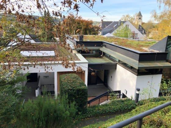 Blick vom Adenauer-Haus aus das Wohnhaus