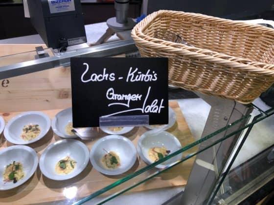 Lachs-Kürbis-Orangensalat