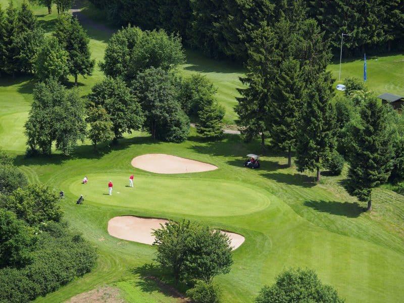 Der 18-Loch-Golfplatz vom Lindner Hotel & Sporting Club Wiesensee