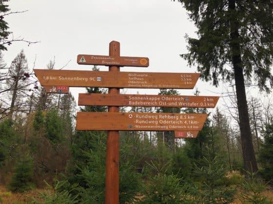 Hinweistafel Wanderwege Harzer Wasserregal