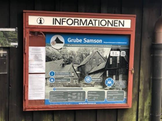 Informations- und Hinweistafel für Besucher