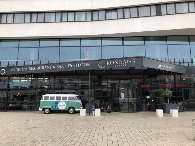 Bonn Marriott Hotel Eingang